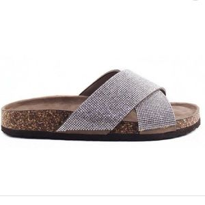 New london rag taupe gemma jeweled sandals 8 8.5